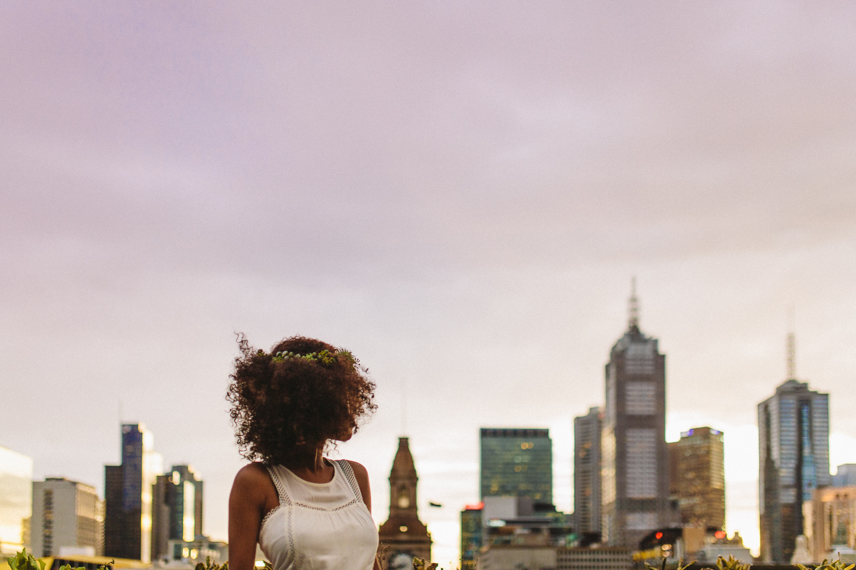 Ebony-Melbourne-Skyline-Sunrise-Bohemian-Wedding-Photography-Inspiration-16