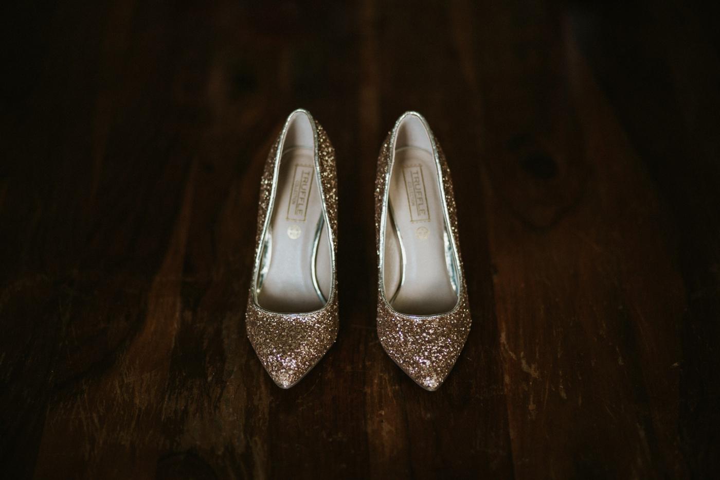 Emma&Morgan_Melbourne-Vintage-Elegant-Fun-Quirky-Yarra-Valley-Vineyard-Wedding_Melbourne-Wedding-Photography-12