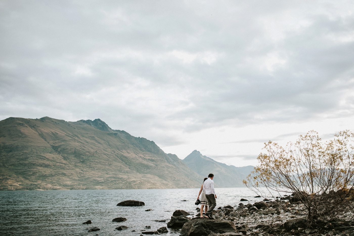 Relaxed-Natural-Sweet-New-Zealand-Queenstown-Engagement-Session_Melbourne-Wedding-Photography_12