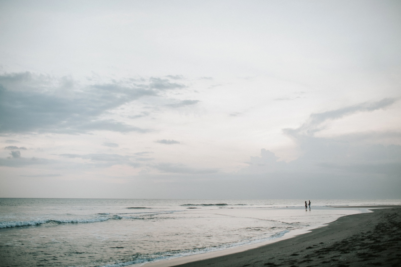 Deb-Ibs_Bali-Beach-Relaxed-Engagement-Session_Destination-Wedding-Photography_Melbourne-Wedding-Photographer_15