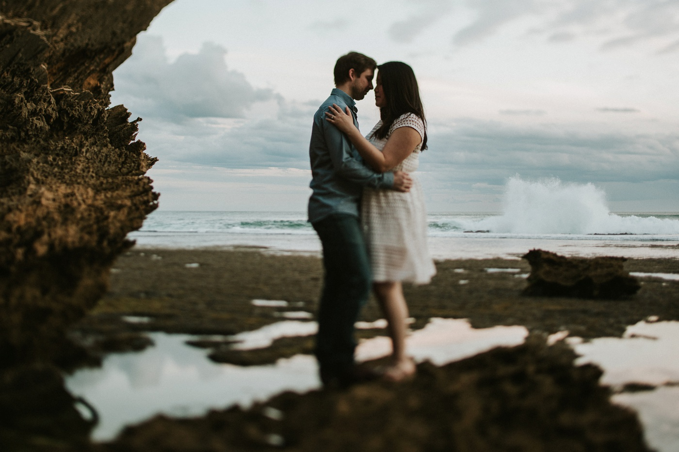 alliedave_mornington-peninsula-back-beach-relaxed-engagement-session_melbourne-candid-wedding-photographer_32