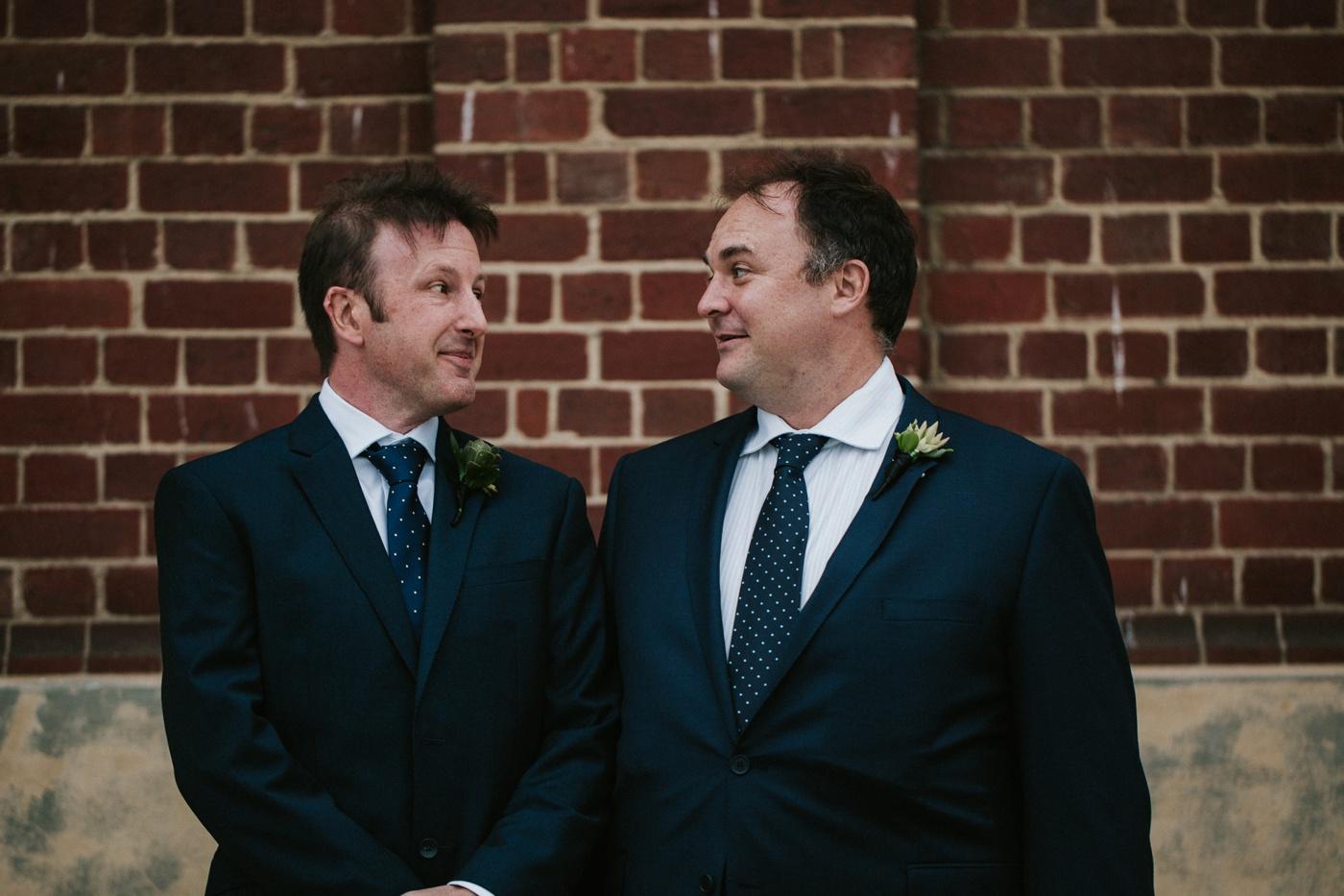 anitadaniel_melbourne-scienceworks-relaxed-fun-geek-wedding_melbourne-candid-wedding-photography_27