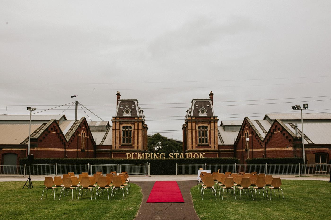 anitadaniel_melbourne-scienceworks-relaxed-fun-geek-wedding_melbourne-candid-wedding-photography_28