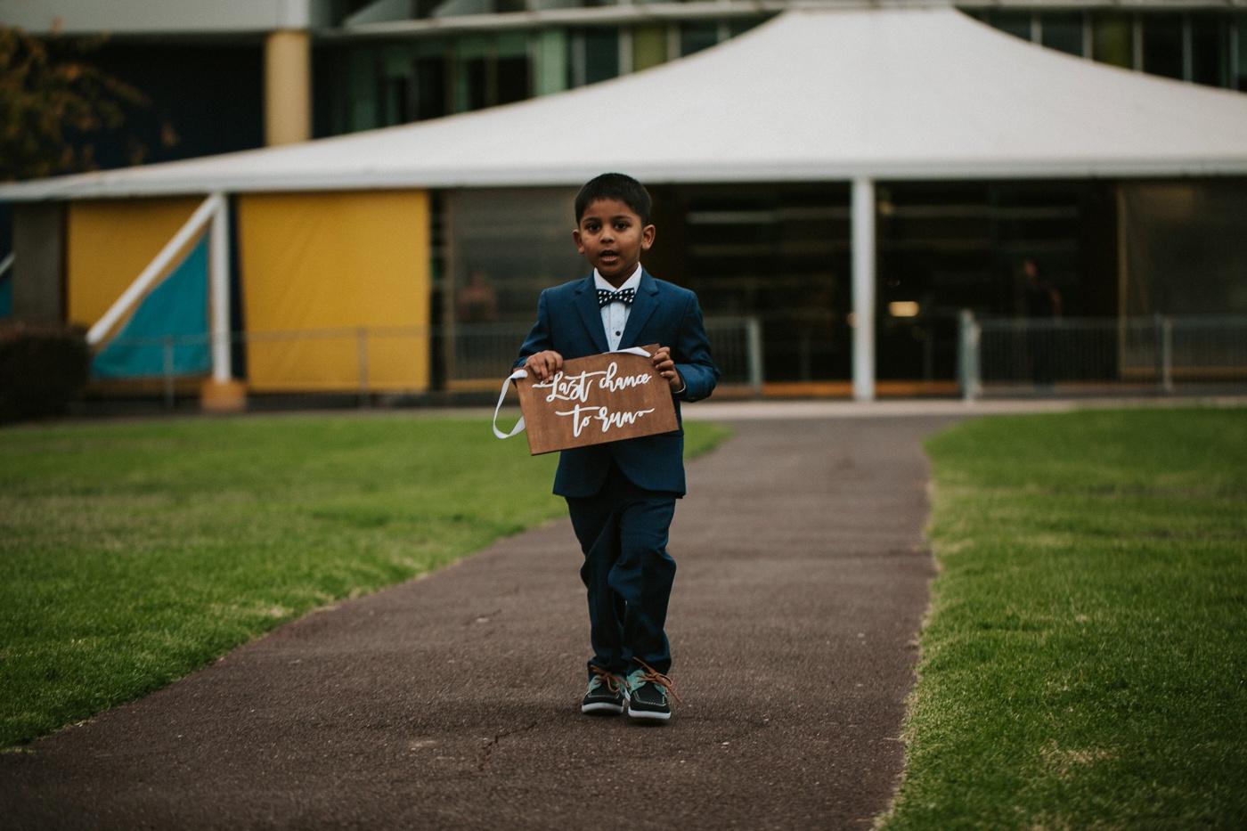 anitadaniel_melbourne-scienceworks-relaxed-fun-geek-wedding_melbourne-candid-wedding-photography_34
