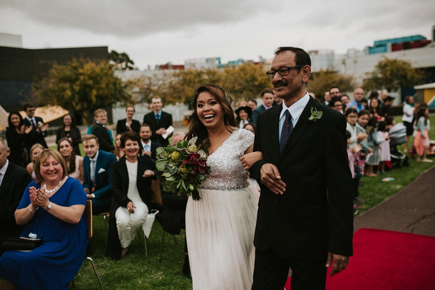 anitadaniel_melbourne-scienceworks-relaxed-fun-geek-wedding_melbourne-candid-wedding-photography_39