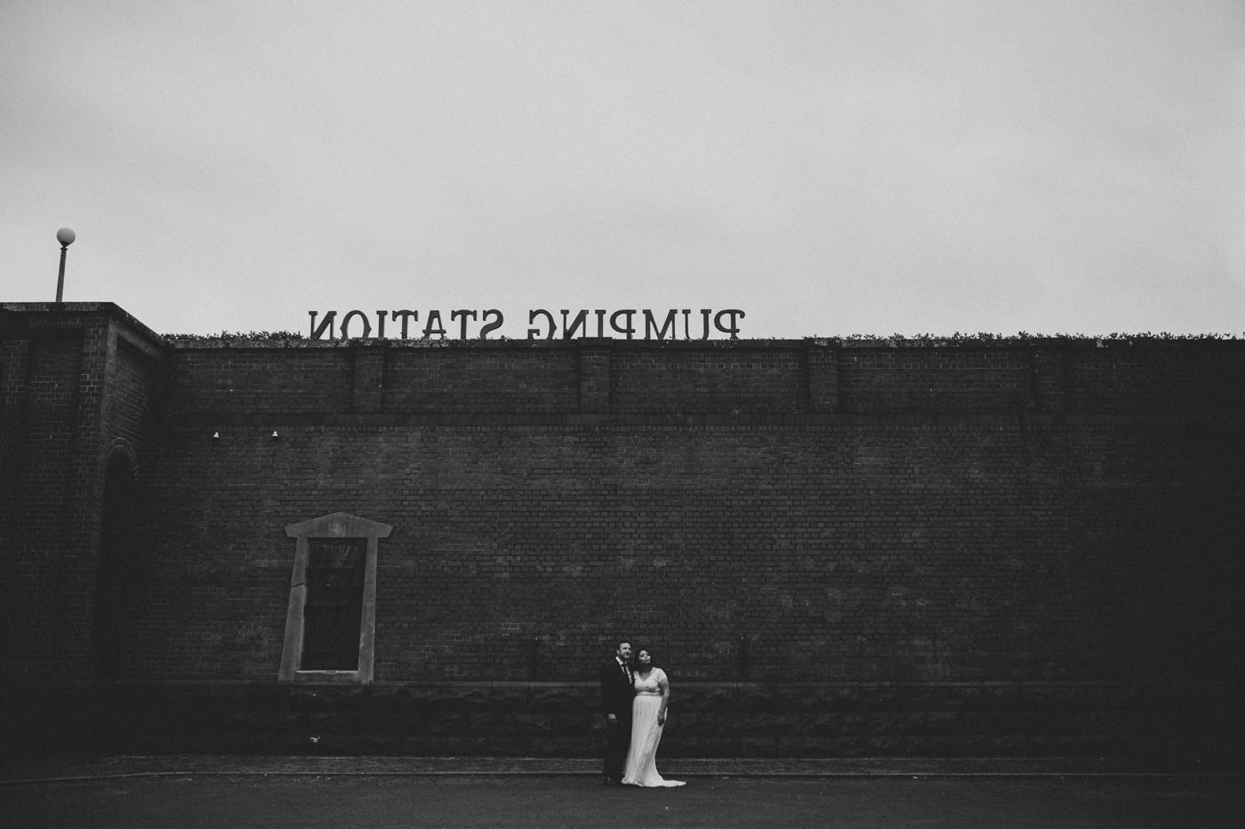 anitadaniel_melbourne-scienceworks-relaxed-fun-geek-wedding_melbourne-candid-wedding-photography_8