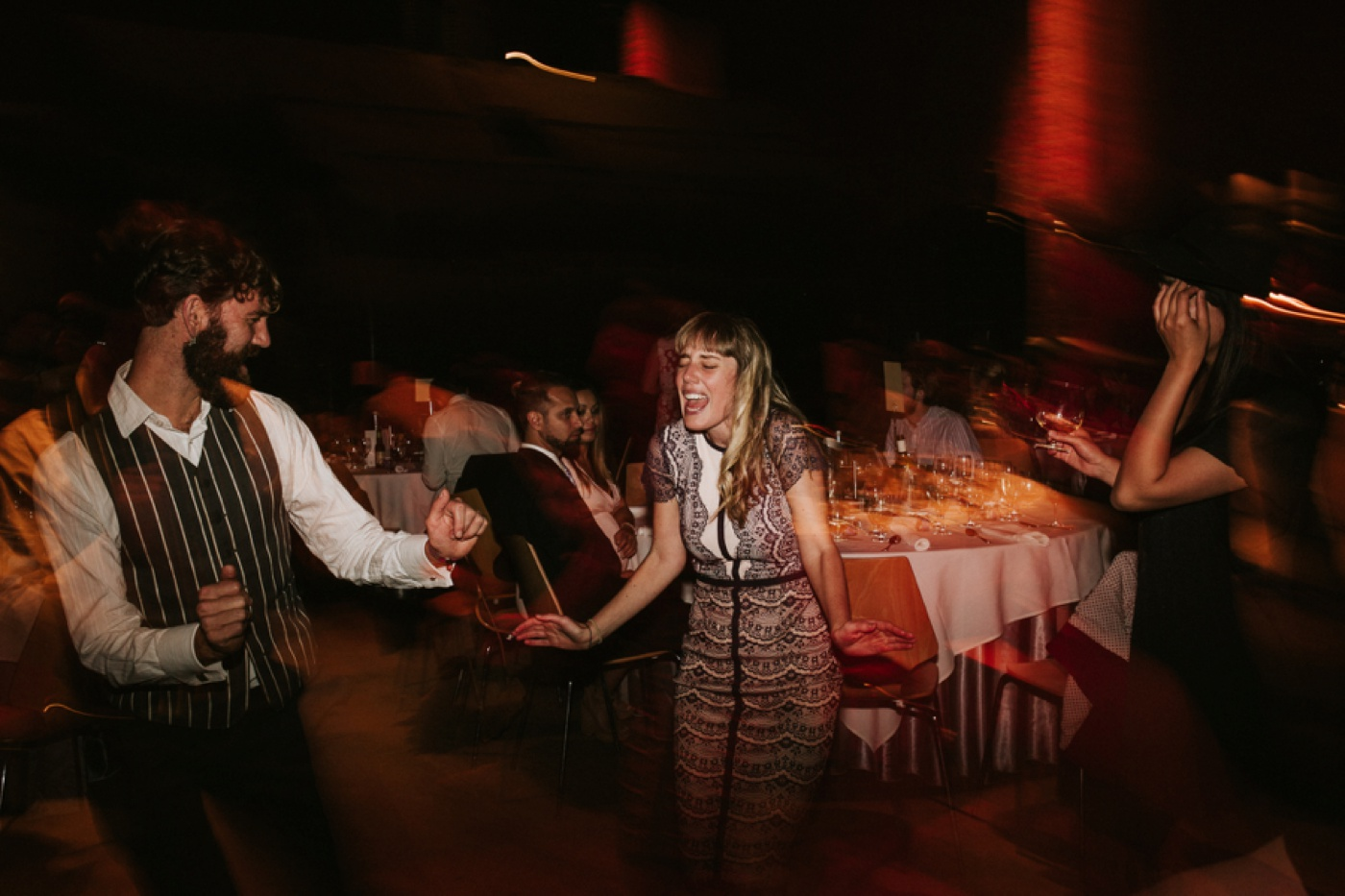 anitadaniel_melbourne-scienceworks-relaxed-fun-geek-wedding_melbourne-candid-wedding-photography_95