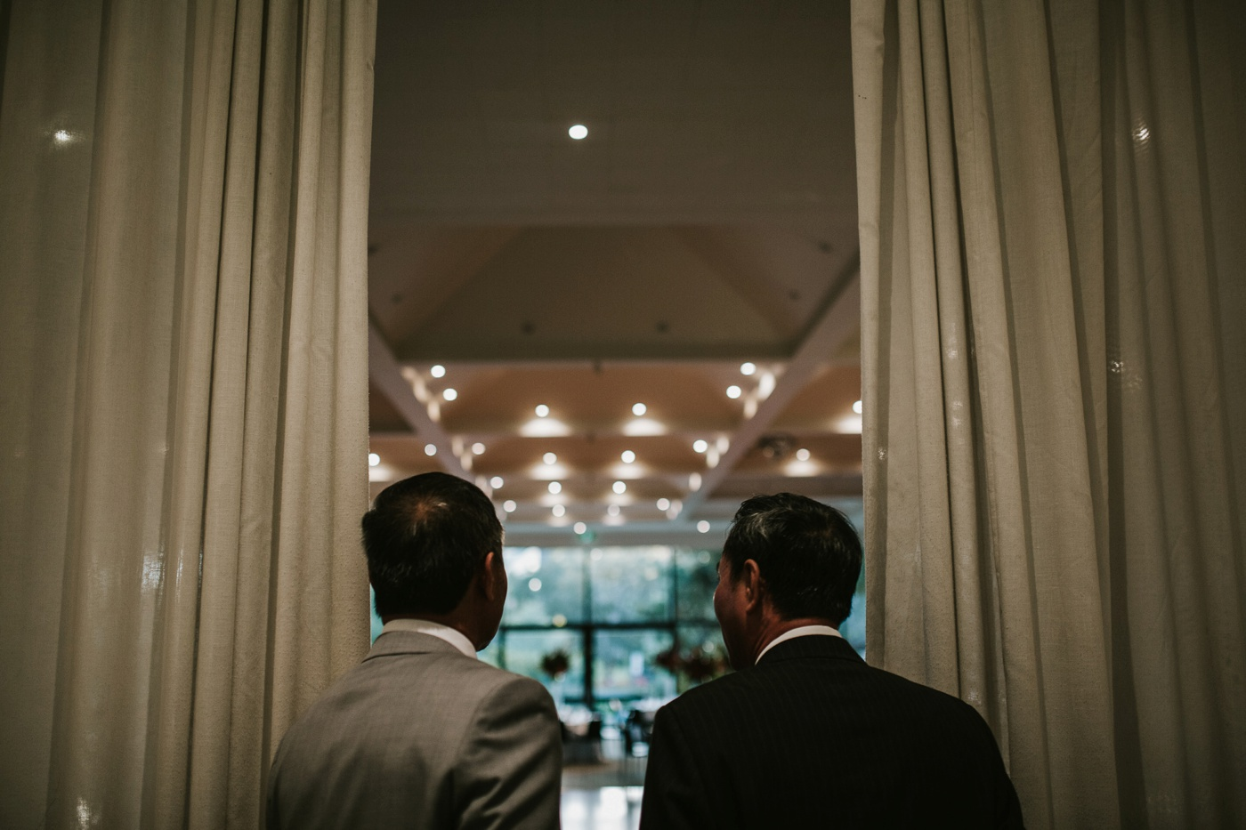 annie-kenneth_melbourne-cbd-candid-relaxed-wedding-photography_tea-ceremony_71