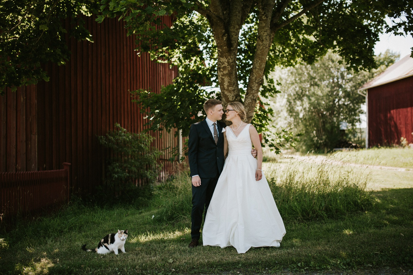 ceciliajoakim_sweden-countryside-summer-wedding_melbourne-fun-quirky-wedding-photography_51