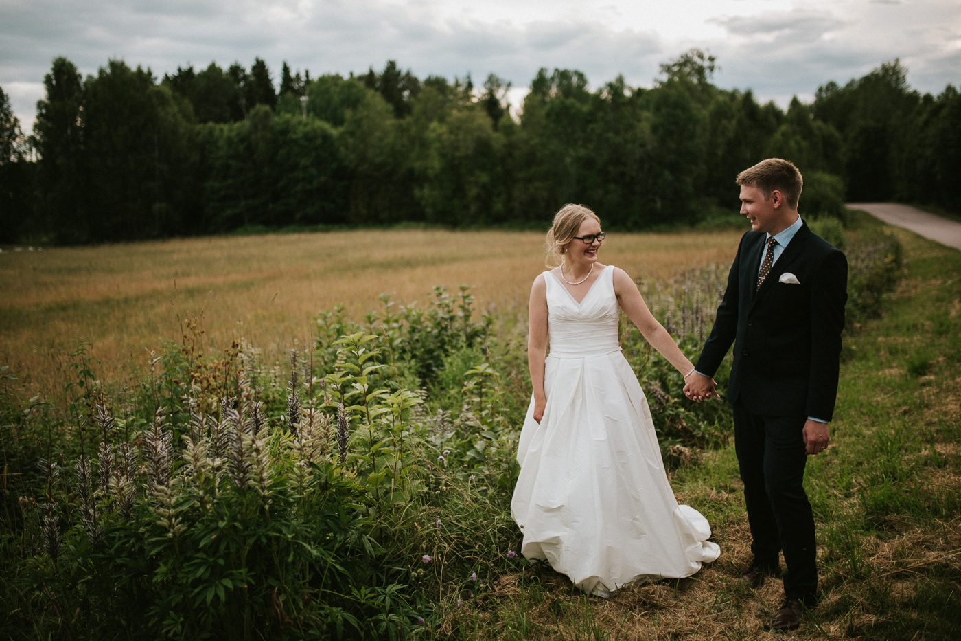 ceciliajoakim_sweden-countryside-summer-wedding_melbourne-fun-quirky-wedding-photography_92