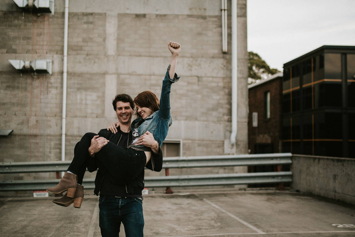 heli-alex_melbourne-fun-candid-gritty-relaxed-city-urban-couples-engagement-session_melbourne-wedding-photography_26