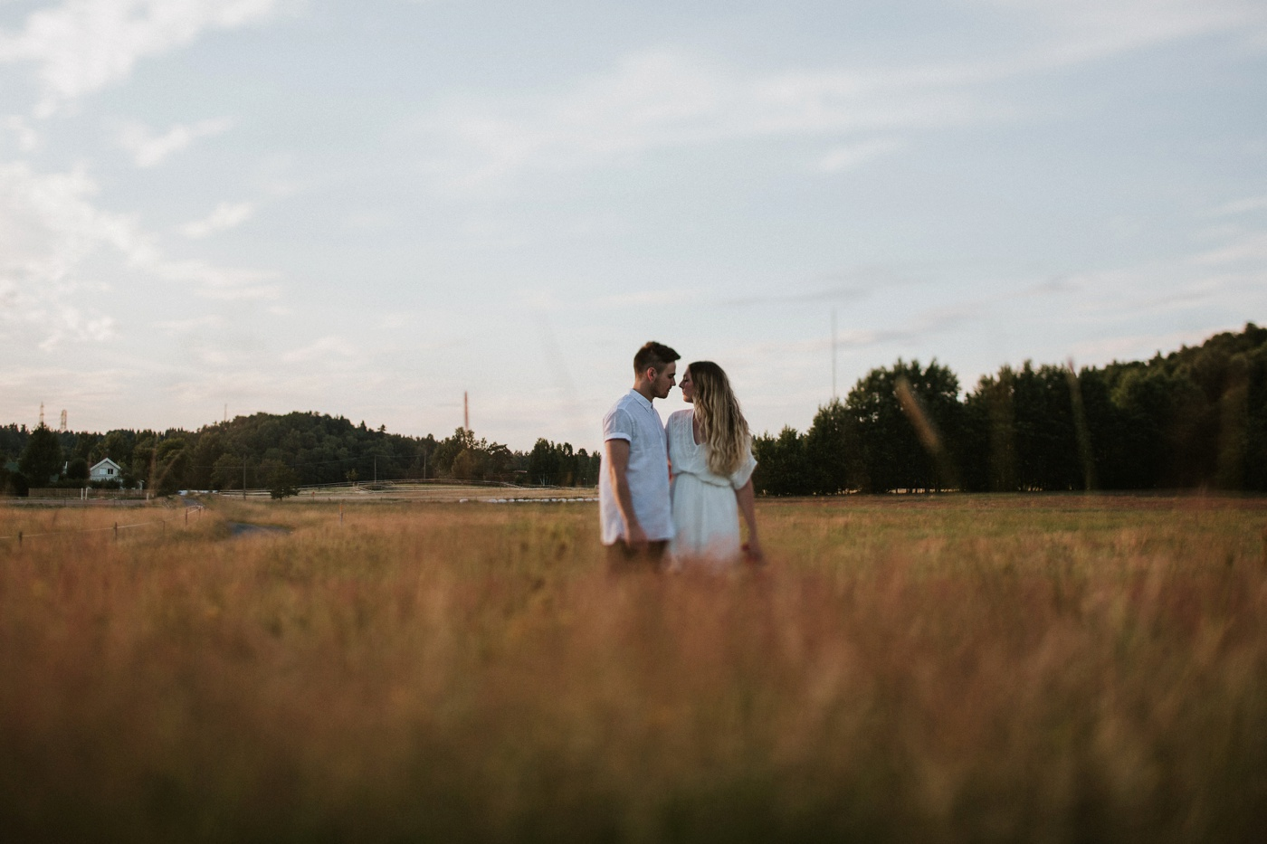 natalie-wictor_swedish-relaxed-candid-quirky-fun-engagement-session_16