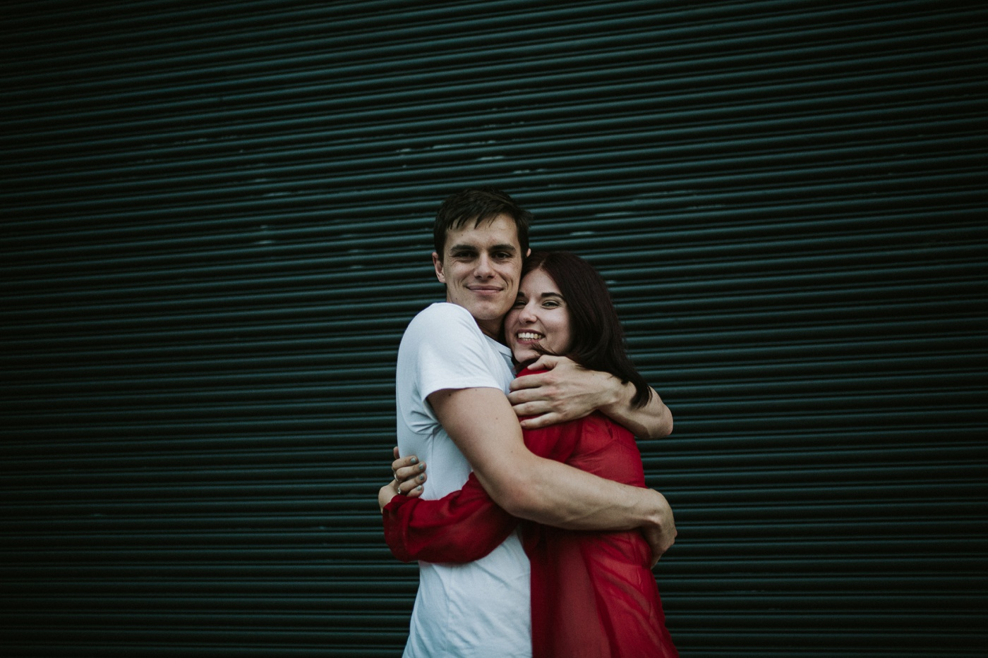 caitlinchris_melbourne-relaxed-fun-collingwood-engagement-session_shootout_29