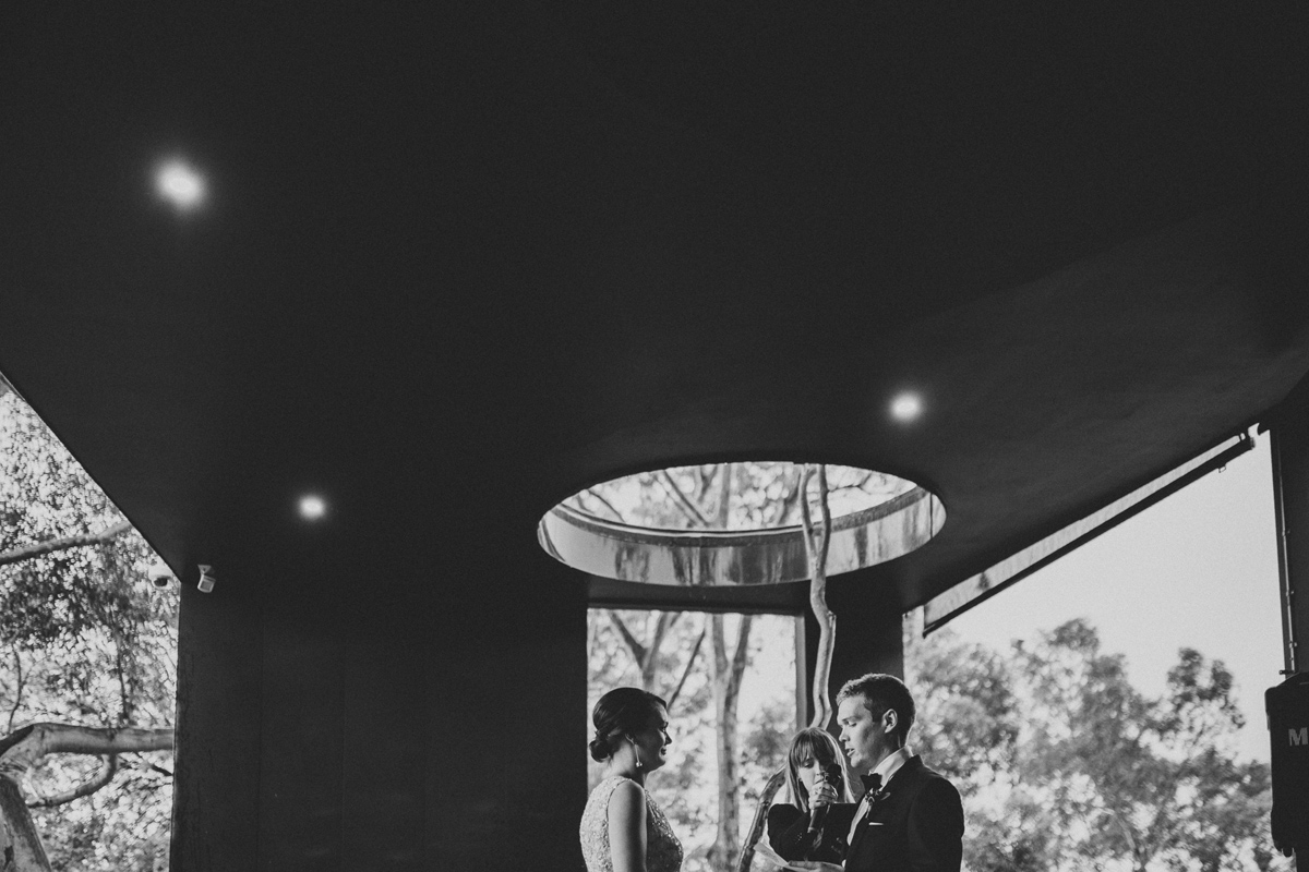 Em&Steve_HeideMuseum_Garden-Fun-Modern-Wedding_Melbourne-Wedding-Photographer_17