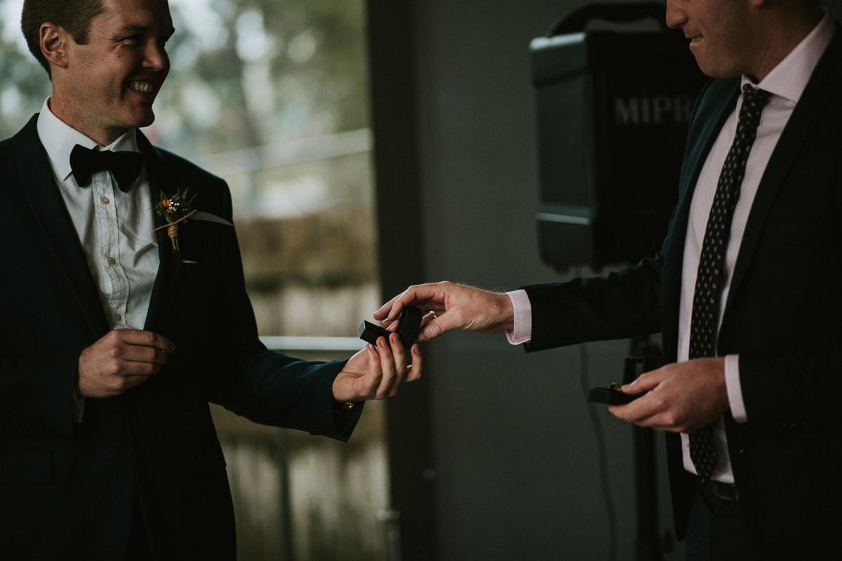 Em&Steve_HeideMuseum_Garden-Fun-Modern-Wedding_Melbourne-Wedding-Photographer_18