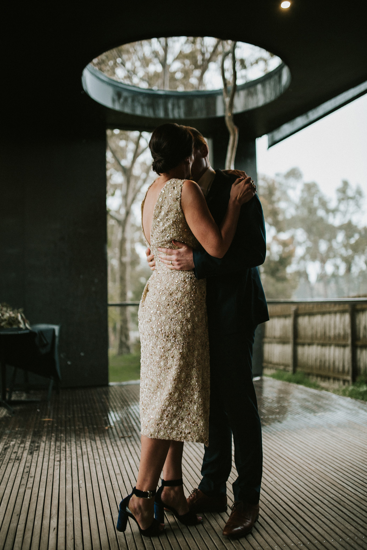 Em&Steve_HeideMuseum_Garden-Fun-Modern-Wedding_Melbourne-Wedding-Photographer_21