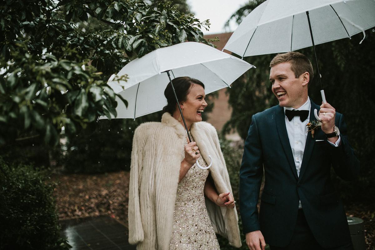 Em&Steve_HeideMuseum_Garden-Fun-Modern-Wedding_Melbourne-Wedding-Photographer_27