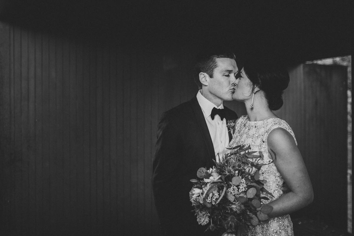 Em&Steve_HeideMuseum_Garden-Fun-Modern-Wedding_Melbourne-Wedding-Photographer_33