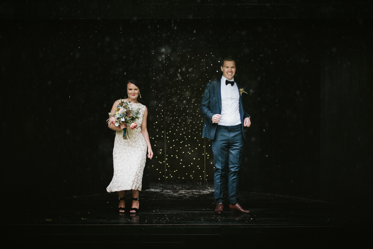 Em&Steve_HeideMuseum_Garden-Fun-Modern-Wedding_Melbourne-Wedding-Photographer_34