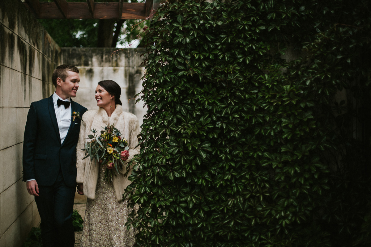 Em&Steve_HeideMuseum_Garden-Fun-Modern-Wedding_Melbourne-Wedding-Photographer_45