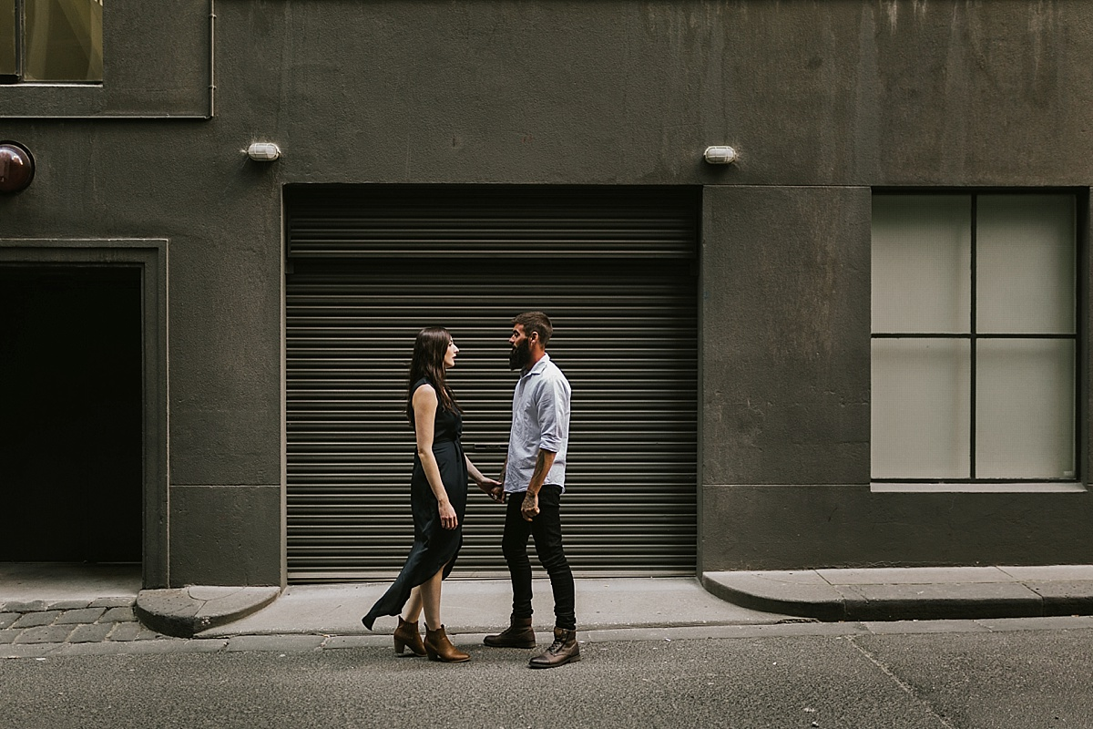 Steph&Liam_Melbourne-city-urban-arcade-fun-relaxed-Engagement-Session_001